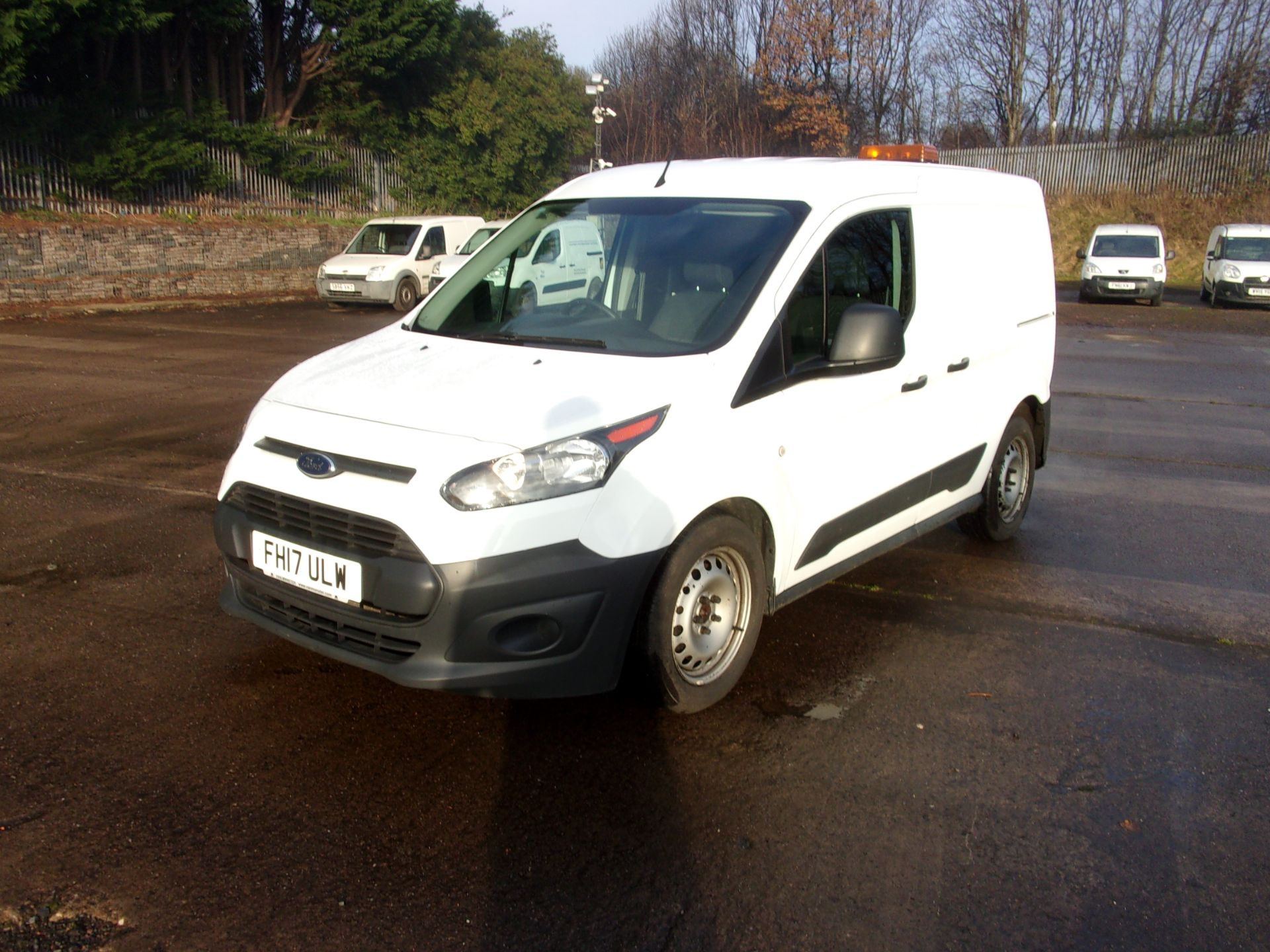 2017 Ford Transit Connect 200 L1 DIESEL 1.5 TDCI 75PS VAN  (FH17ULW) Image 14