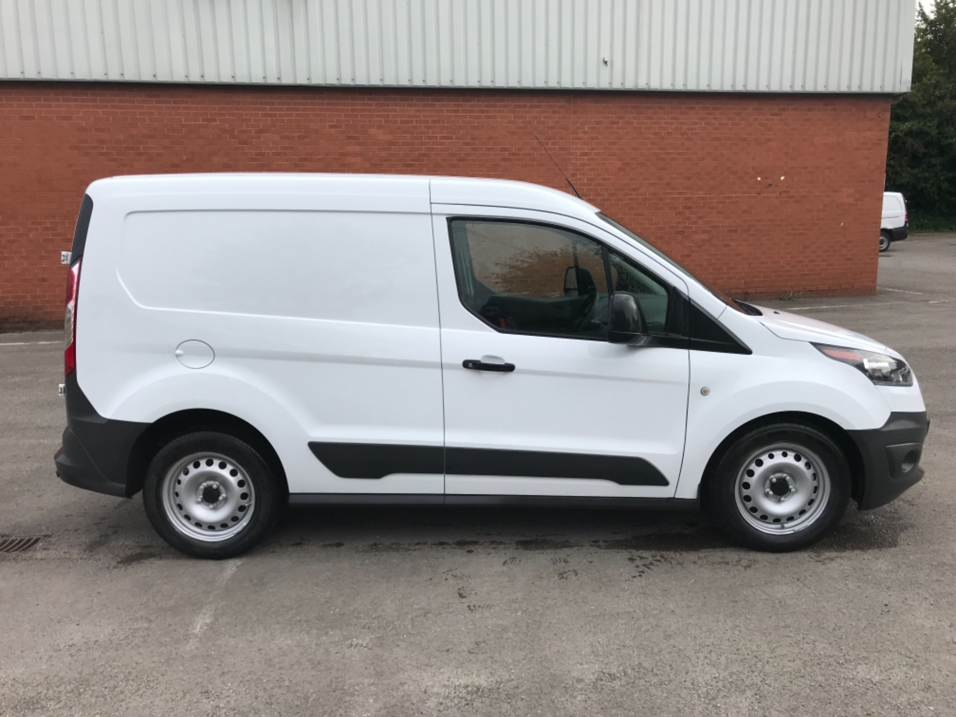 2017 Ford Transit Connect 1.5 Tdci 75Ps Van EURO 6 (FH17ULZ) Image 8