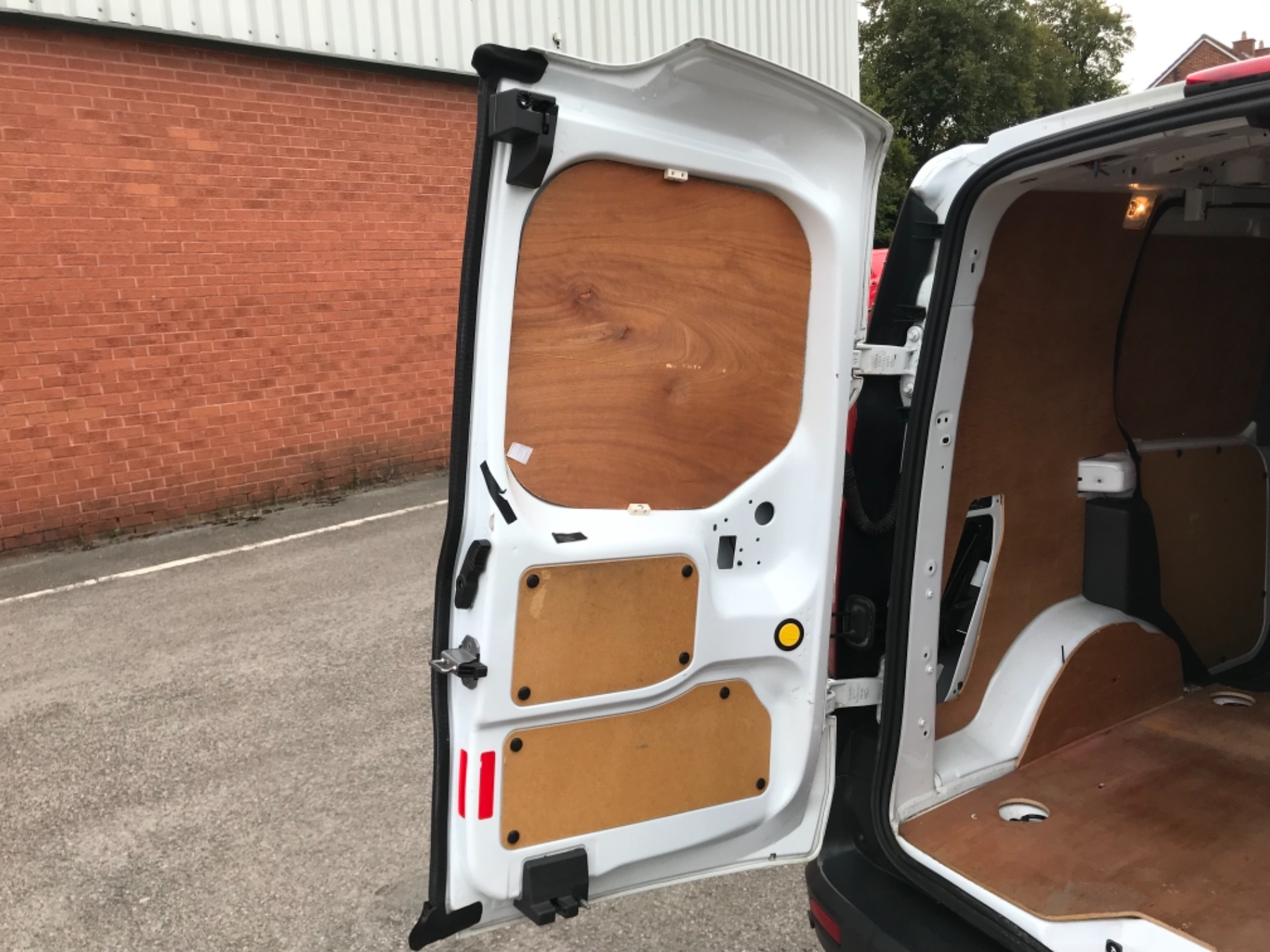 2017 Ford Transit Connect 1.5 Tdci 75Ps Van EURO 6 (FH17ULZ) Image 33