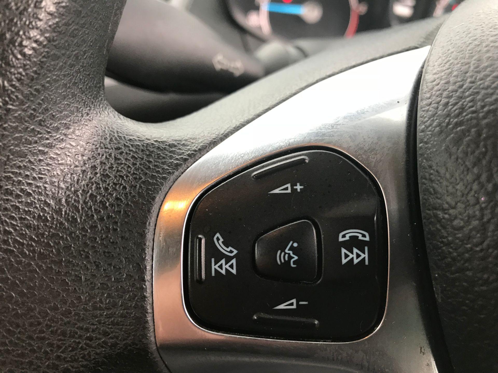 2017 Ford Fiesta DIESEL 1.5 TDCI VAN EURO 5 (FH17UOK) Image 15