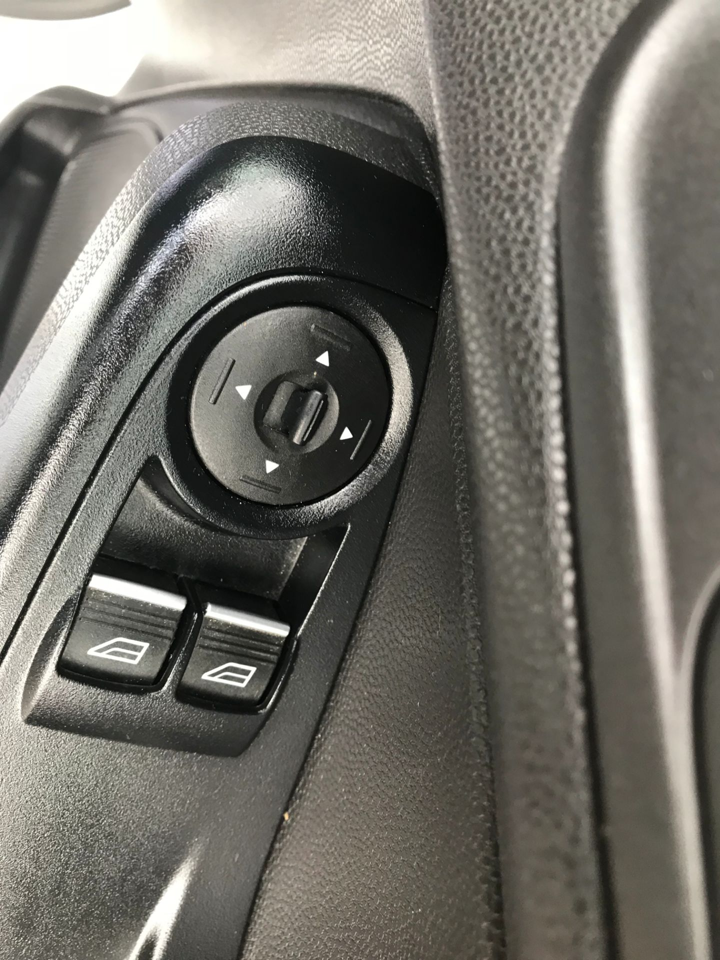 2017 Ford Fiesta DIESEL 1.5 TDCI VAN EURO 5 (FH17UOK) Image 20