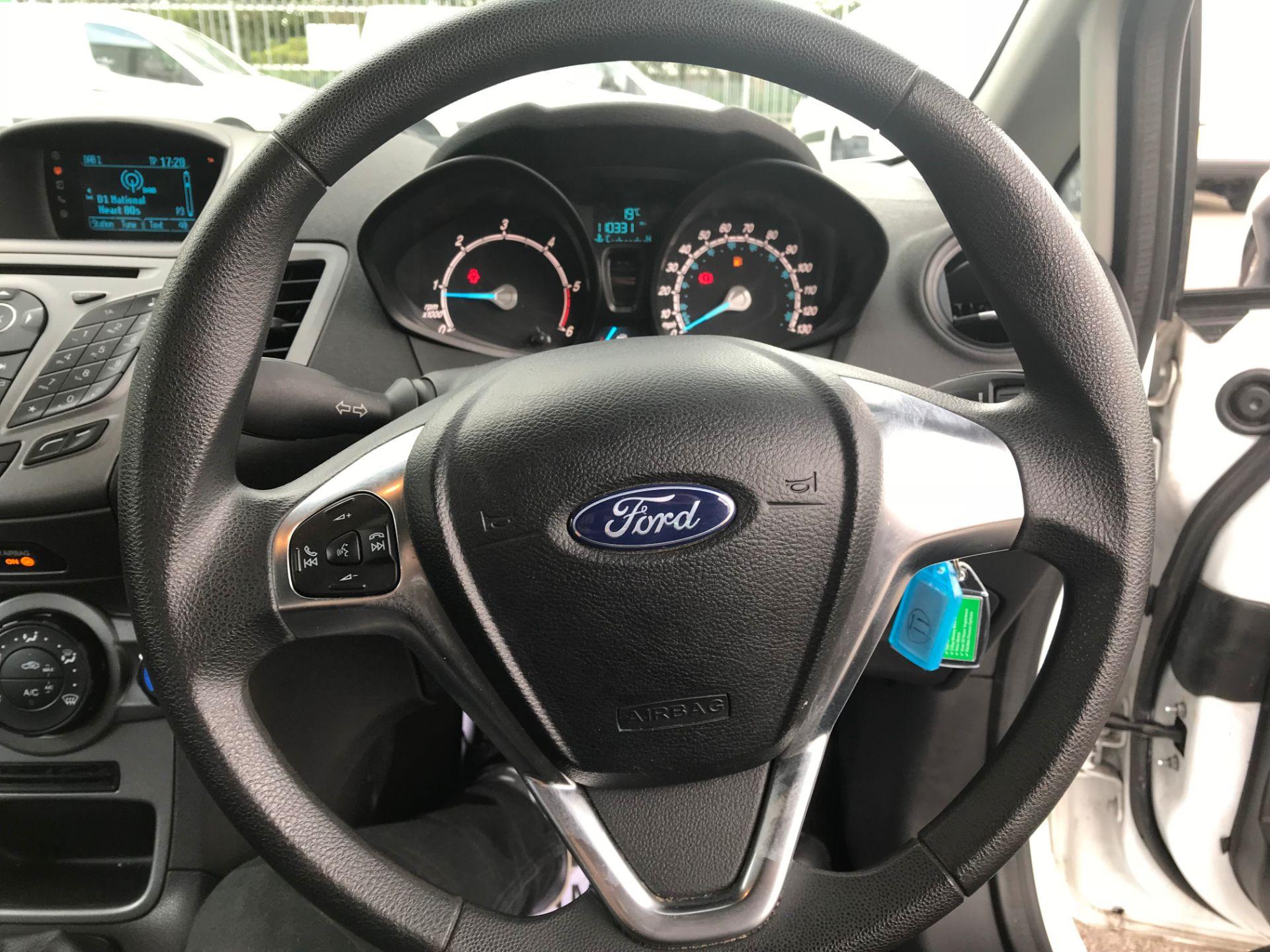 2017 Ford Fiesta DIESEL 1.5 TDCI VAN EURO 5 (FH17UOK) Image 11