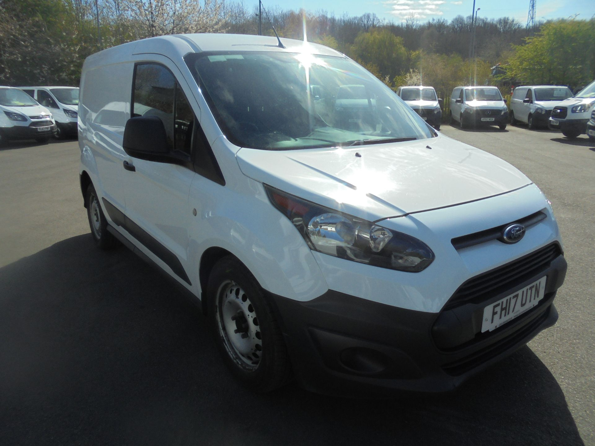 2017 Ford Transit Connect 1.5 Tdci 75Ps Van (FH17UTN)