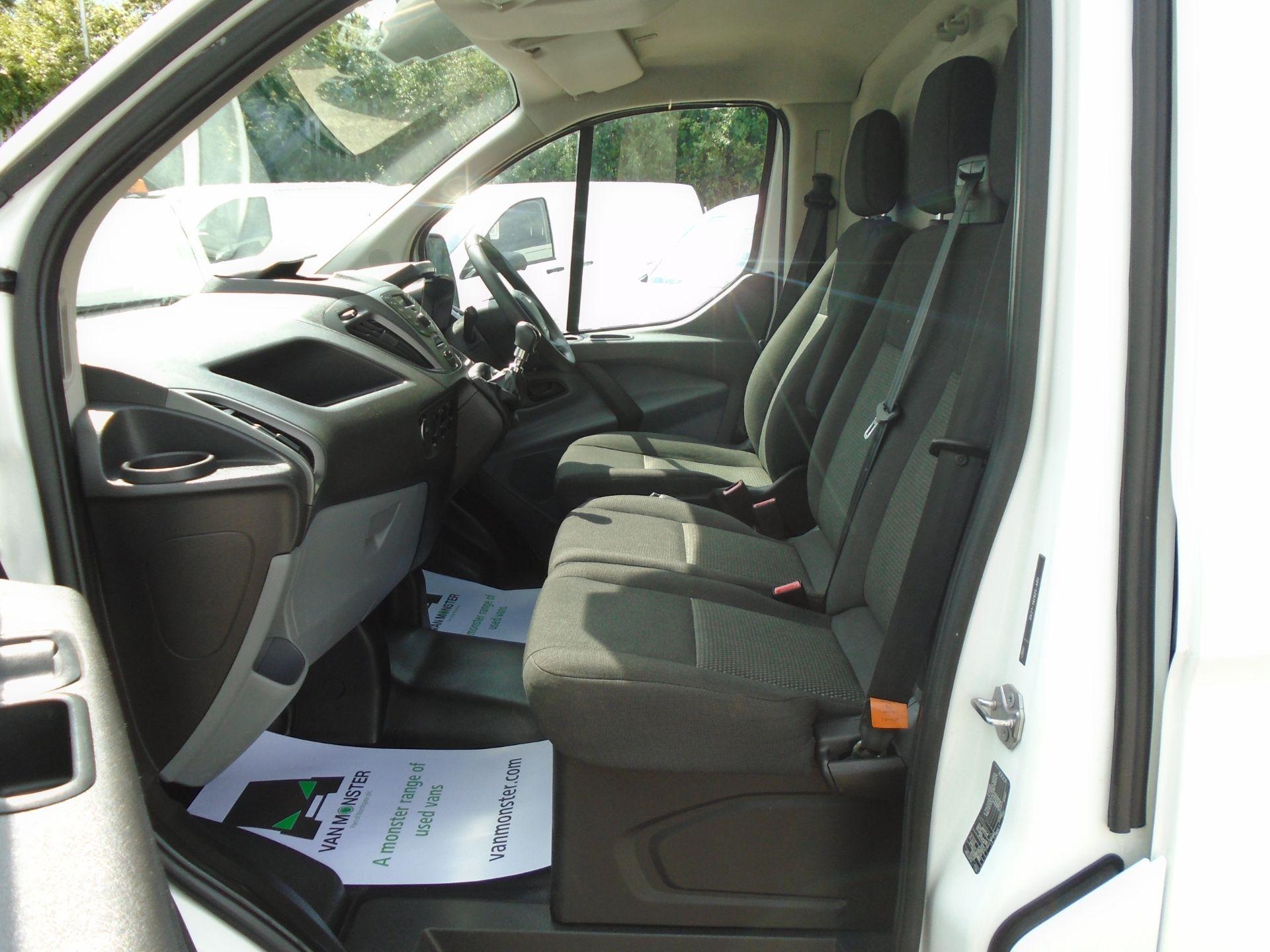 2017 Ford Transit Custom 2.0 Tdci 130Ps Low Roof Van *EURO 6* (FH17UTV) Image 15