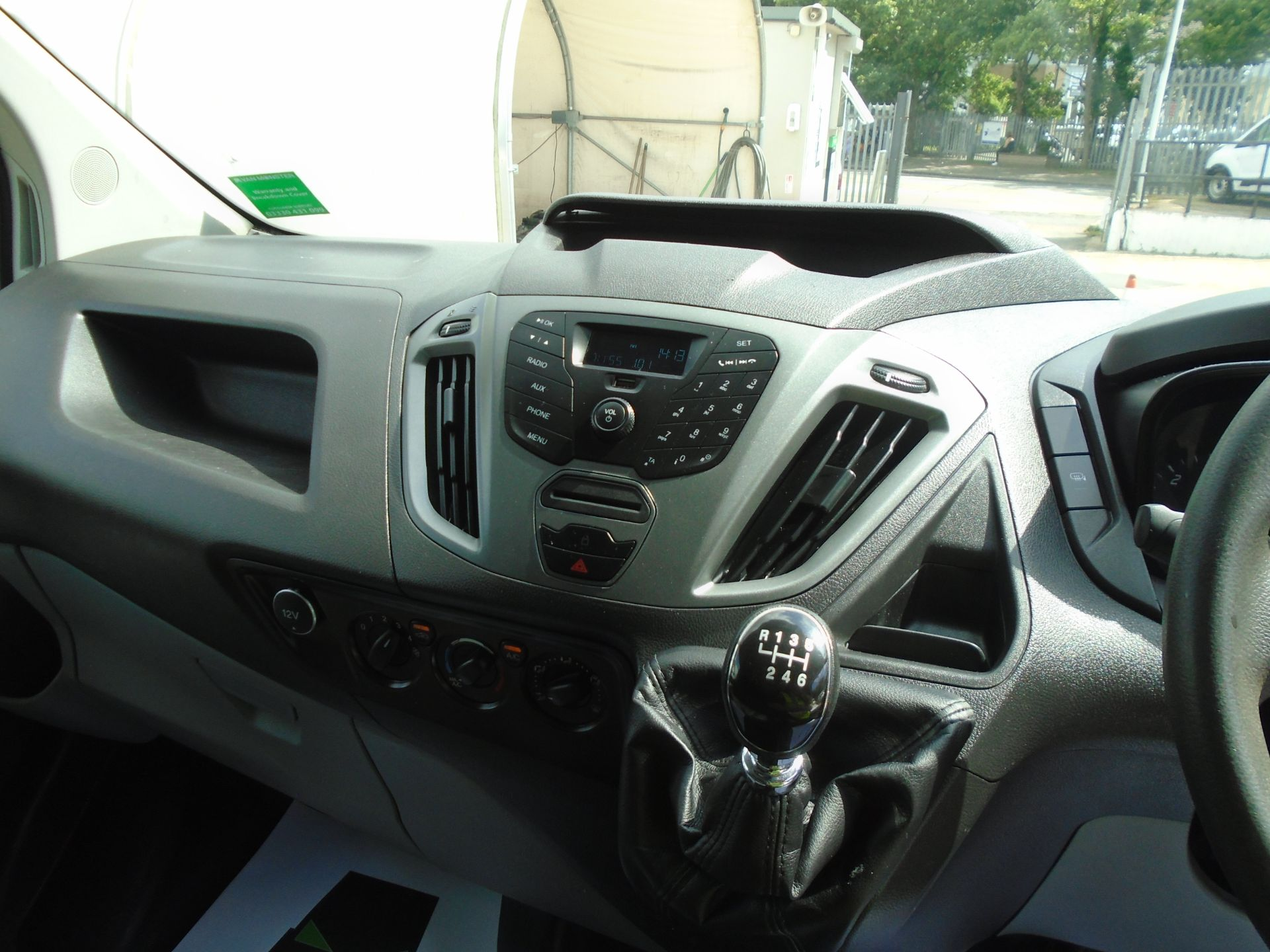 2017 Ford Transit Custom 2.0 Tdci 130Ps Low Roof Van *EURO 6* (FH17UTV) Image 17