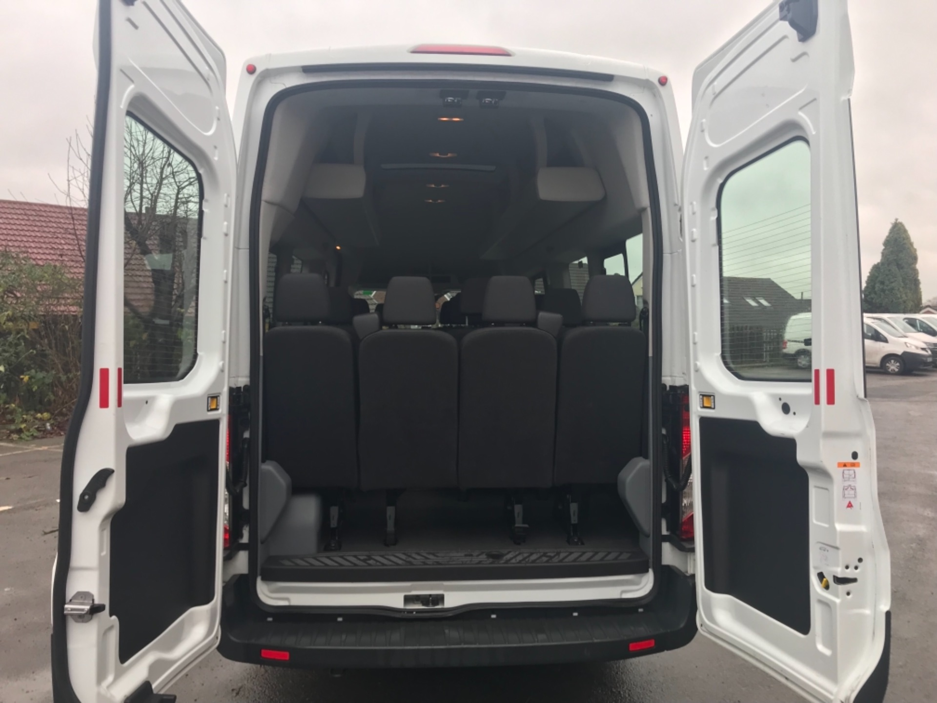 2016 Ford Transit T460 L4 H3 HIGH ROOF MINIBUS 125PS EURO 6 (FH65KCV) Thumbnail 23