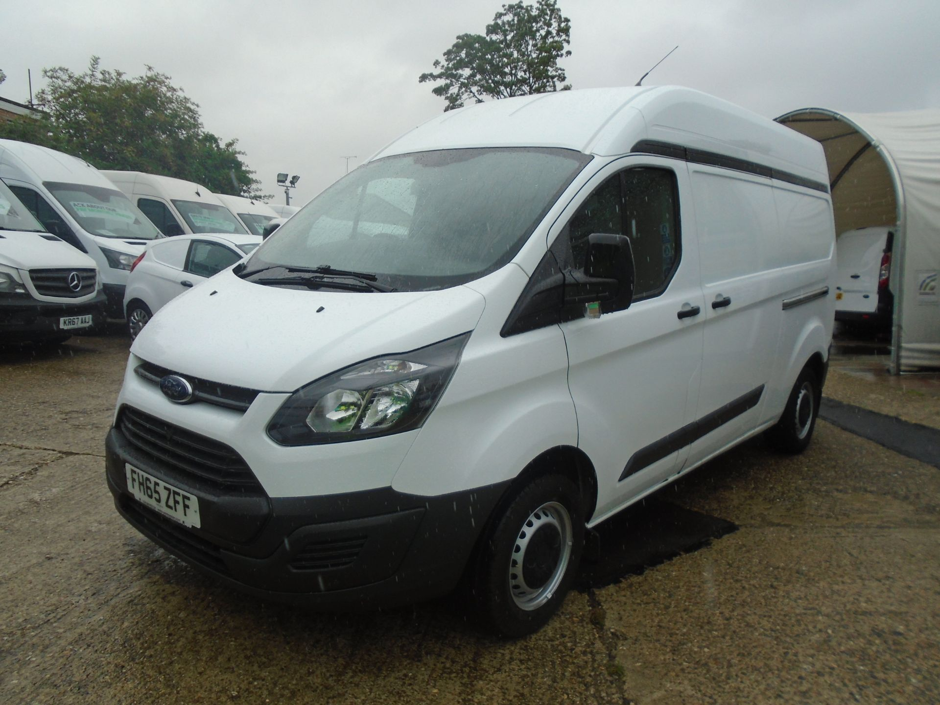 2015 Ford Transit Custom 2.2 Tdci 100Ps High Roof Van (FH65ZFF) Image 3
