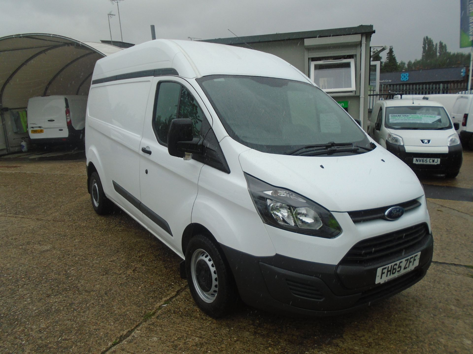 2015 Ford Transit Custom 2.2 Tdci 100Ps High Roof Van (FH65ZFF) Image 1