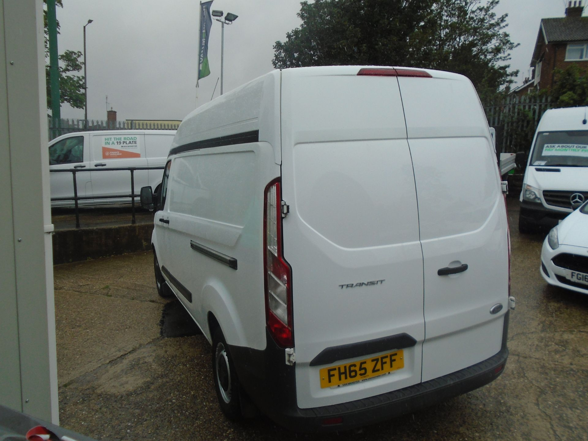 2015 Ford Transit Custom 2.2 Tdci 100Ps High Roof Van (FH65ZFF) Image 7