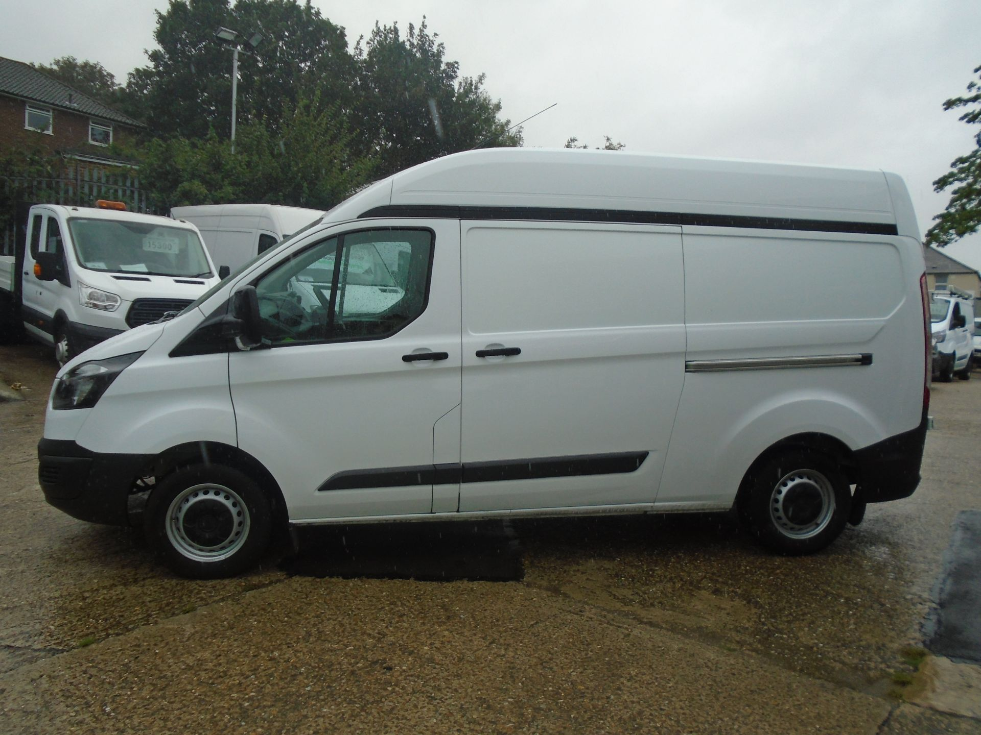 2015 Ford Transit Custom 2.2 Tdci 100Ps High Roof Van (FH65ZFF) Image 4