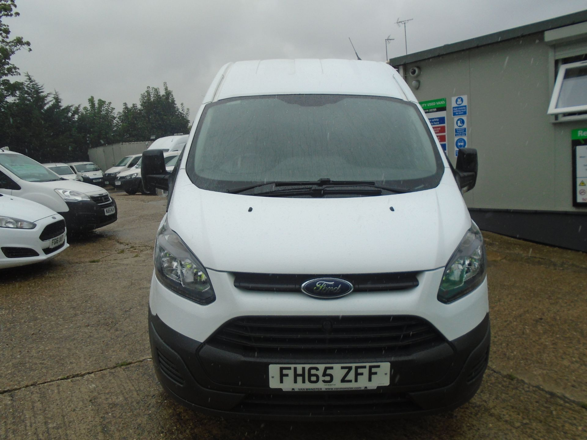 2015 Ford Transit Custom 2.2 Tdci 100Ps High Roof Van (FH65ZFF) Image 2