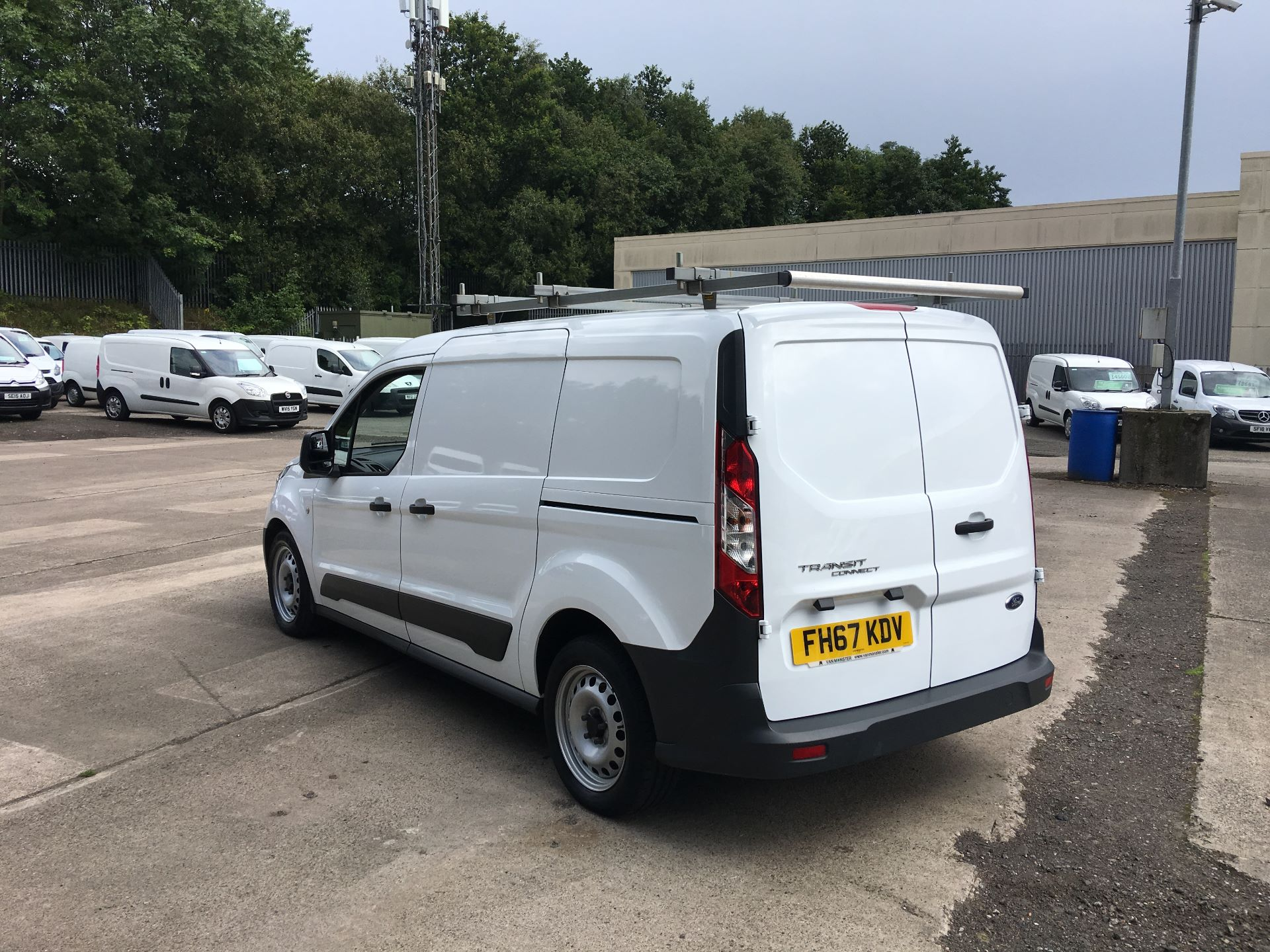 2018 Ford Transit Connect 210 L2 DIESEL FWD 1.5 TDCI 100PS EURO 5 (FH67KDV) Image 11
