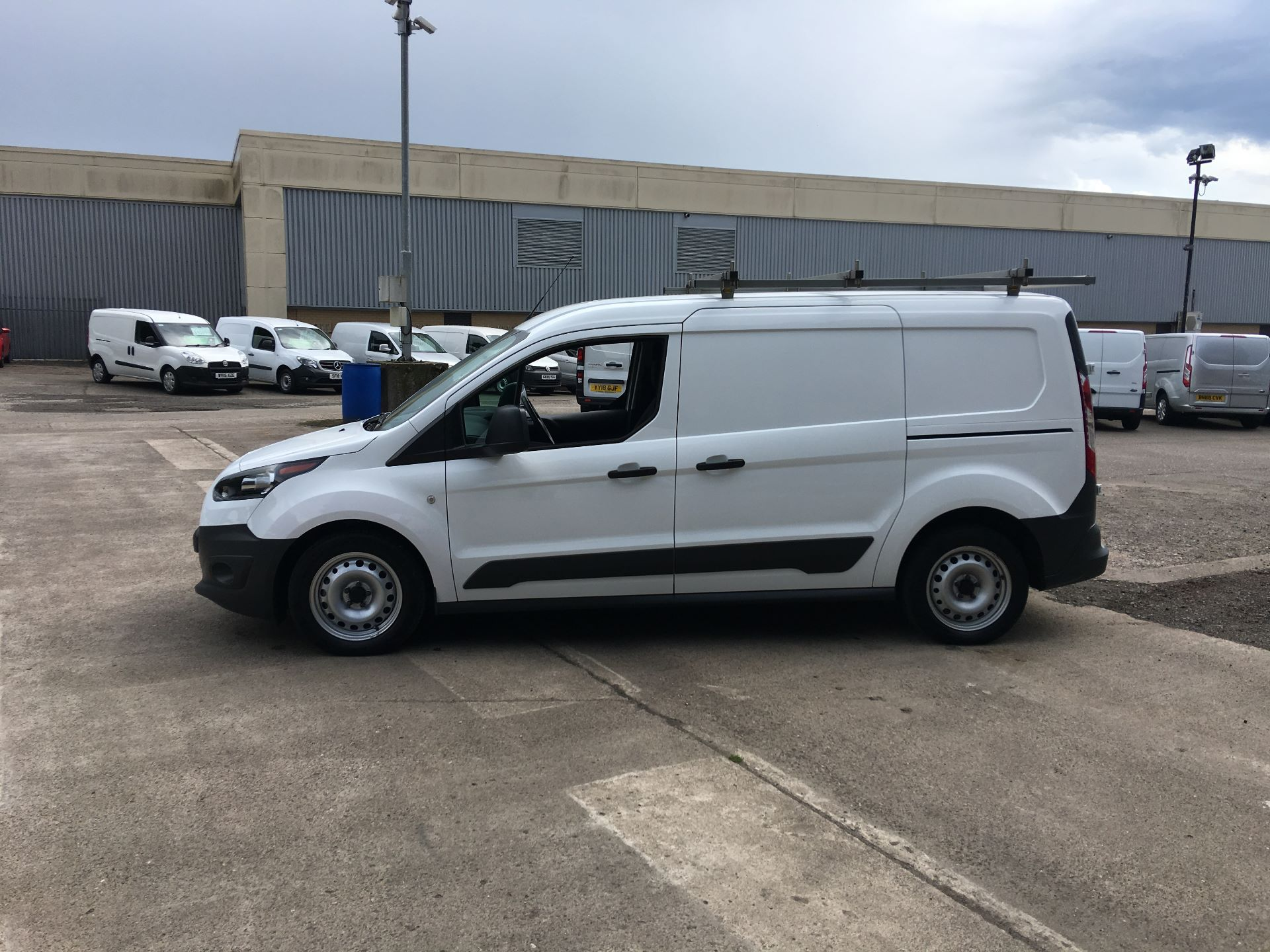 2018 Ford Transit Connect 210 L2 DIESEL FWD 1.5 TDCI 100PS EURO 5 (FH67KDV) Image 12