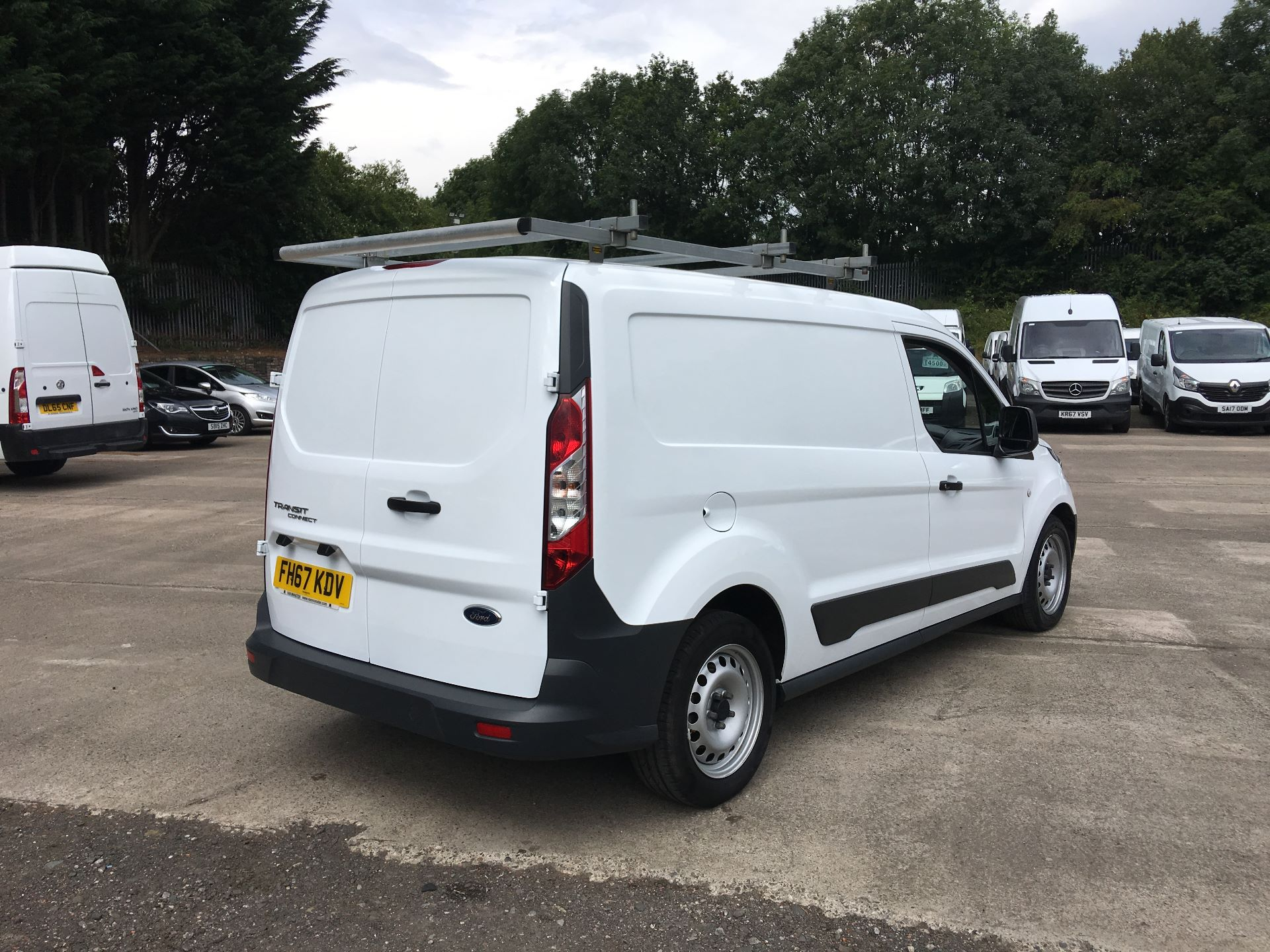 2018 Ford Transit Connect 210 L2 DIESEL FWD 1.5 TDCI 100PS EURO 5 (FH67KDV) Image 9