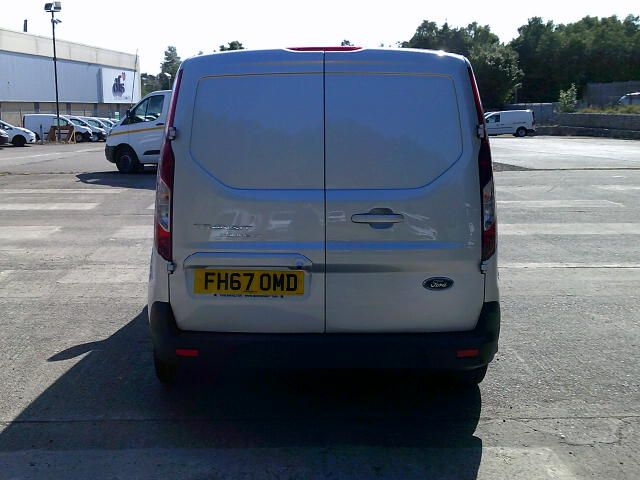 2017 Ford Transit Connect 200 1.5 Tdci 120Ps Limited Van (FH67OMD) Image 14