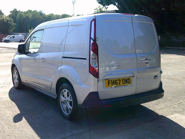 2017 Ford Transit Connect 200 1.5 Tdci 120Ps Limited Van (FH67OMD) Image 15