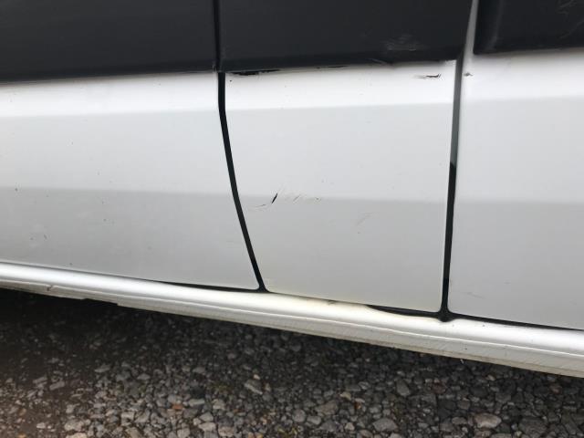 2018 Ford Transit Custom 2.0 Tdci 105Ps Low Roof Van Euro 6 (FH67OMX) Image 45