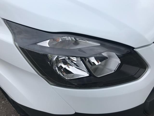 2018 Ford Transit Custom 2.0 Tdci 105Ps Low Roof Van Euro 6 (FH67OMX) Image 18