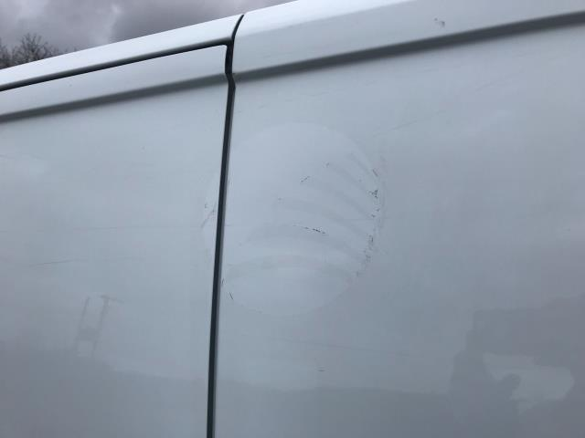 2018 Ford Transit Custom 2.0 Tdci 105Ps Low Roof Van Euro 6 (FH67OMX) Image 40