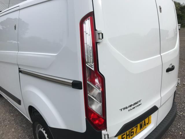 2018 Ford Transit Custom  290 L1 DIESEL FWD 2.0 TDCI 105PS LOW ROOF VAN EURO 6 (FH67WAJ) Image 16