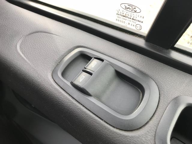2018 Ford Transit Custom  290 L1 DIESEL FWD 2.0 TDCI 105PS LOW ROOF VAN EURO 6 (FH67WAJ) Image 35