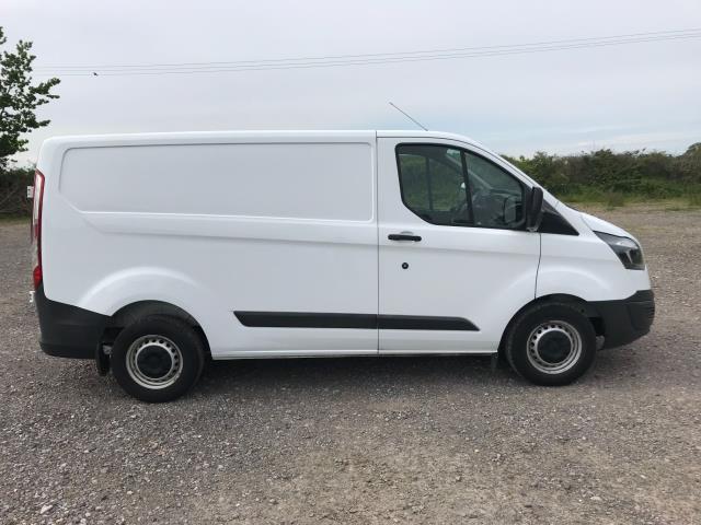 2018 Ford Transit Custom  290 L1 DIESEL FWD 2.0 TDCI 105PS LOW ROOF VAN EURO 6 (FH67WAJ) Image 9