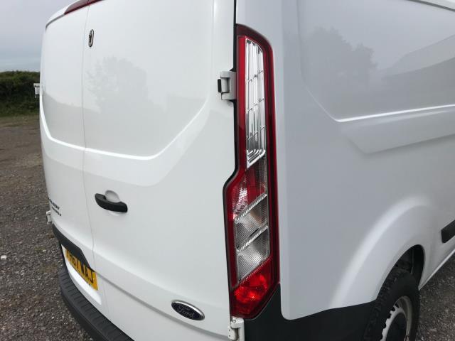 2018 Ford Transit Custom  290 L1 DIESEL FWD 2.0 TDCI 105PS LOW ROOF VAN EURO 6 (FH67WAJ) Image 17