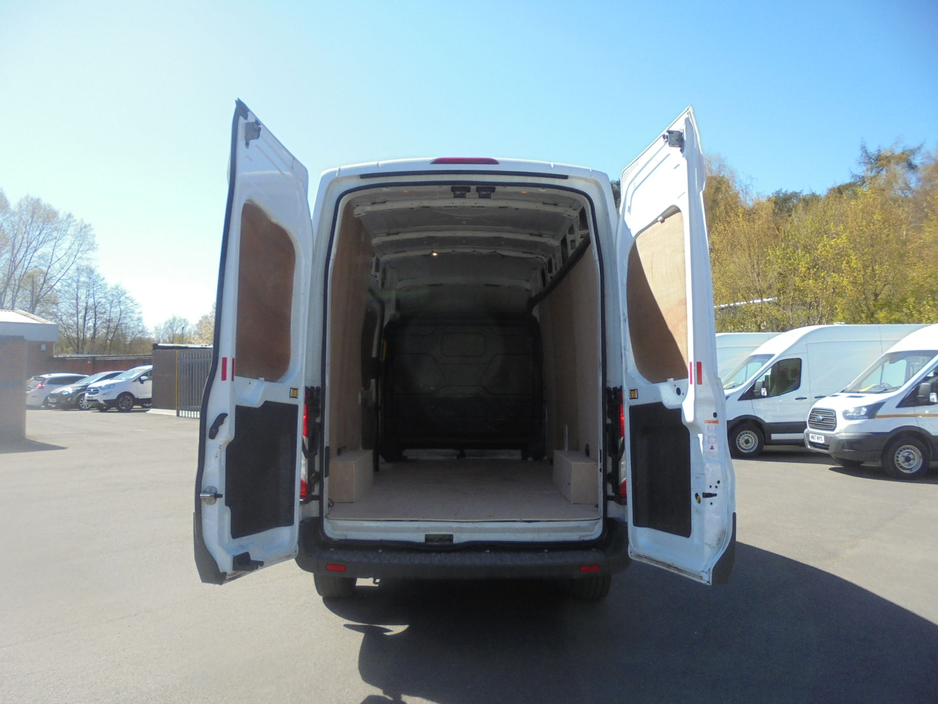 2018 Ford Transit 2.0 Tdci 130Ps H3 Van (FH67WAU) Image 9