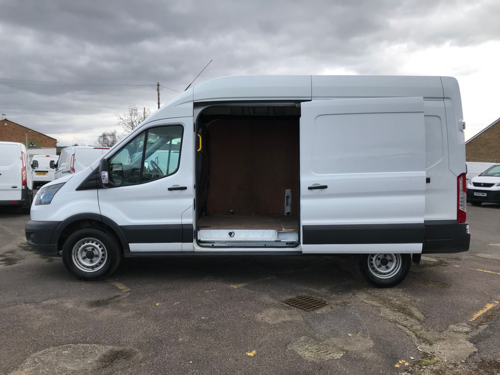 2018 Ford Transit 2.0 Tdci 130Ps H3 Van (FH67WCN) Image 11