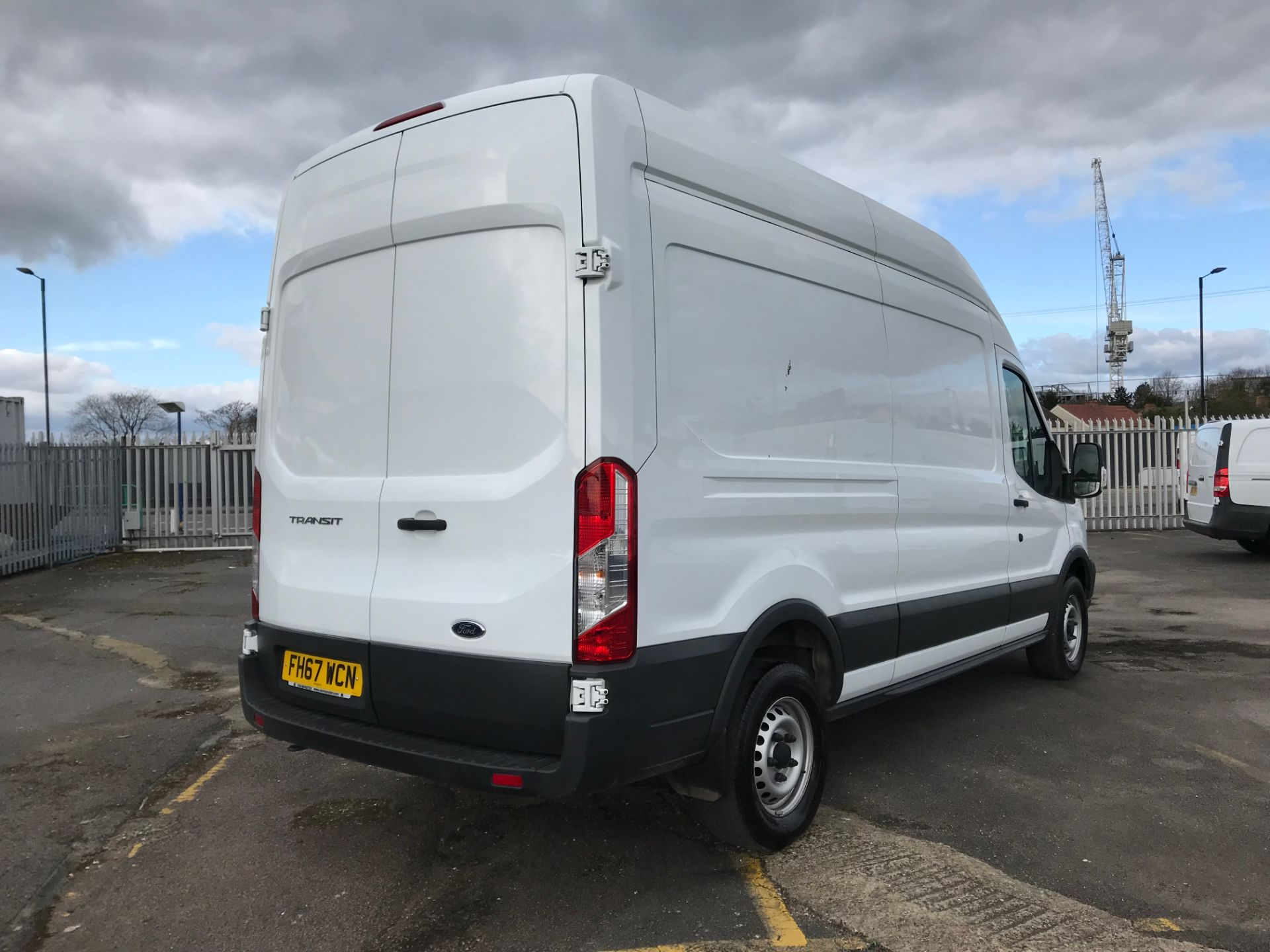 2018 Ford Transit 2.0 Tdci 130Ps H3 Van (FH67WCN) Image 4