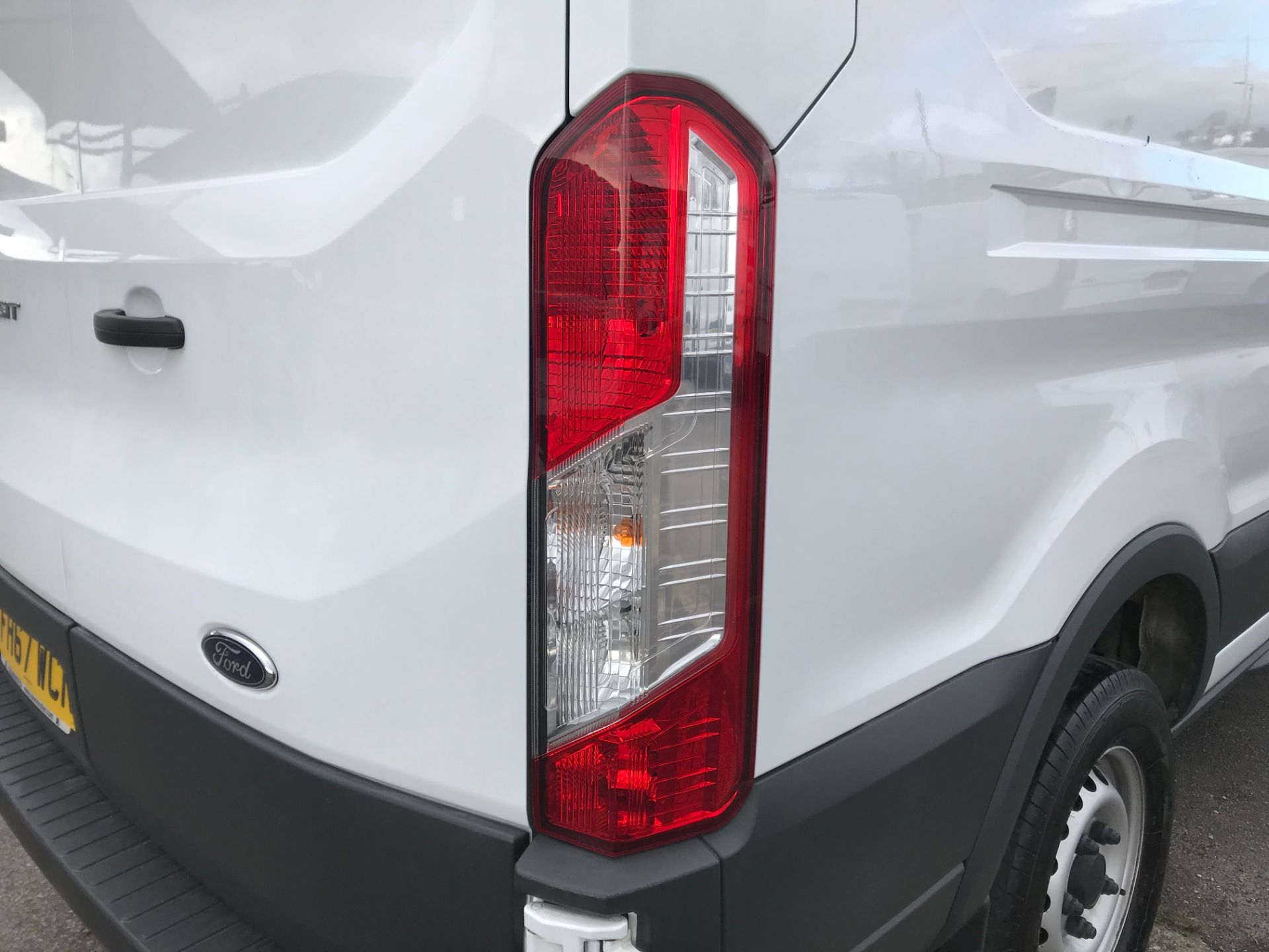 2018 Ford Transit 2.0 Tdci 130Ps H3 Van (FH67WCN) Image 15