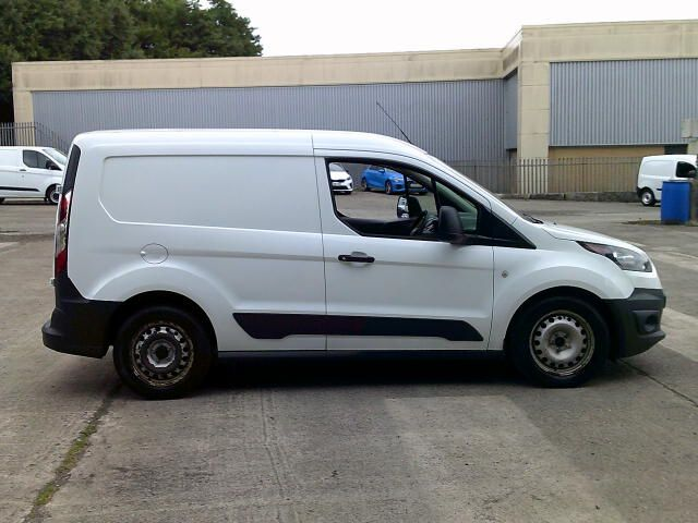 2018 Ford Transit Connect T200 L1 1.5 Tdci 75Ps Van (FH67WDK) Image 7