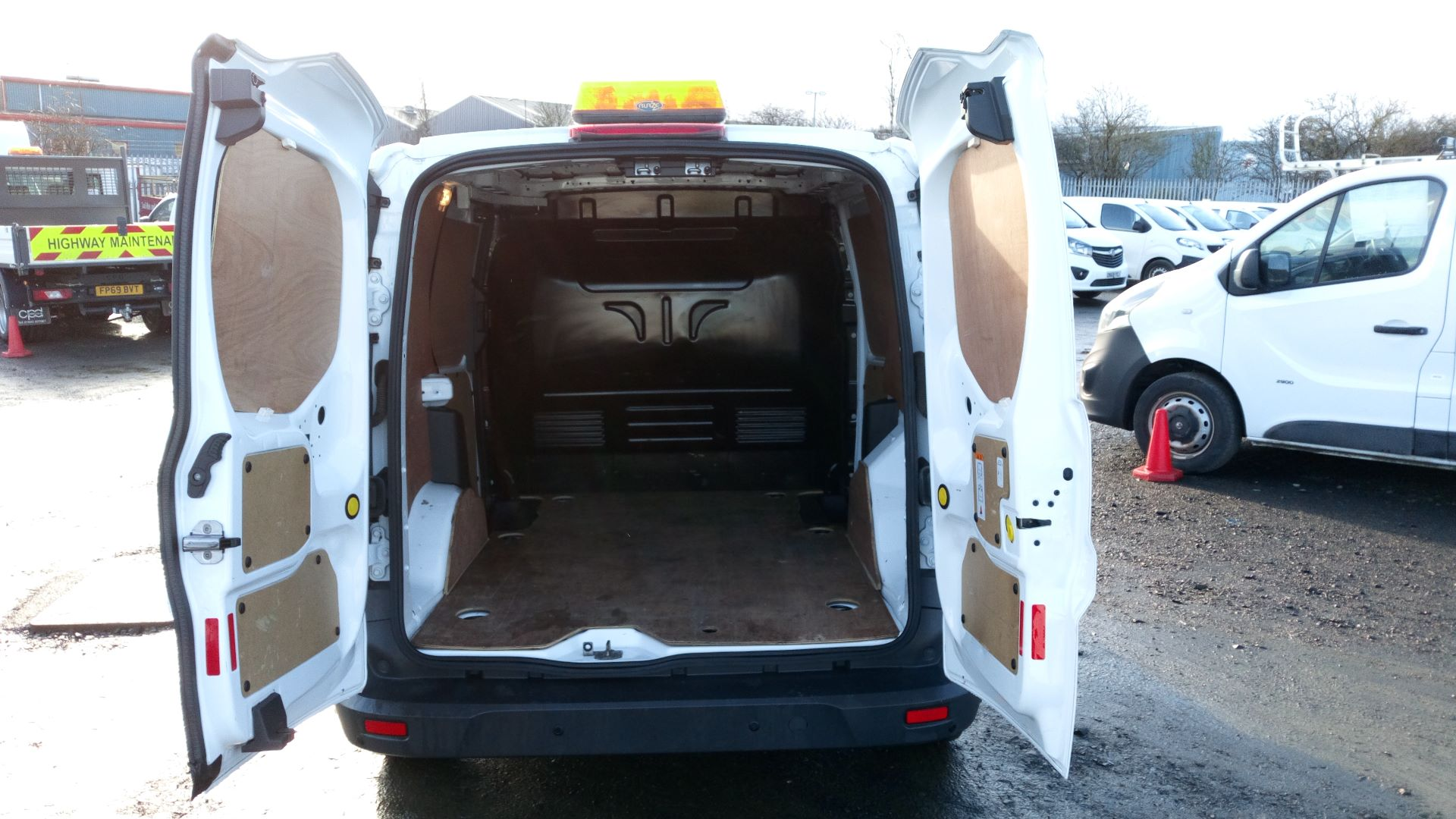 2018 Ford Transit Connect 1.5 Tdci 75Ps Van L1 (FH67WGC) Image 8