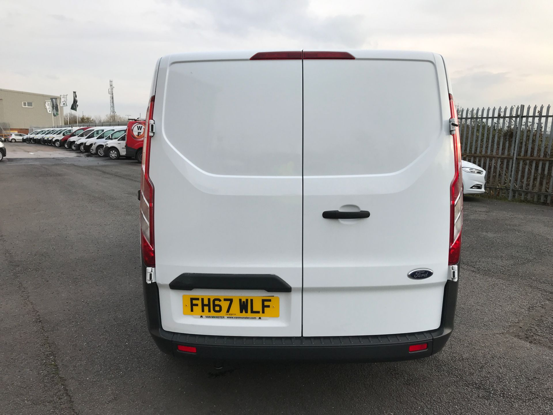 2018 Ford Transit Custom 290 L1 2.0TDCI 105PS LOW ROOF EURO 6 (FH67WLF) Image 9