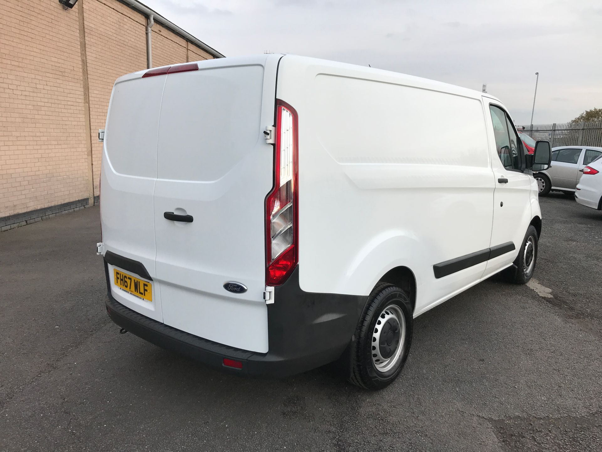 2018 Ford Transit Custom 290 L1 2.0TDCI 105PS LOW ROOF EURO 6 (FH67WLF) Image 8