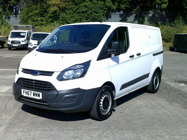 2018 Ford Transit Custom 340 2.0 Tdci 130Ps Low Roof Van (FH67WMW) Image 15