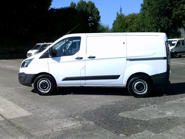 2018 Ford Transit Custom 340 2.0 Tdci 130Ps Low Roof Van (FH67WMW) Image 13