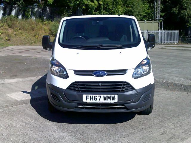2018 Ford Transit Custom 340 2.0 Tdci 130Ps Low Roof Van (FH67WMW) Image 16
