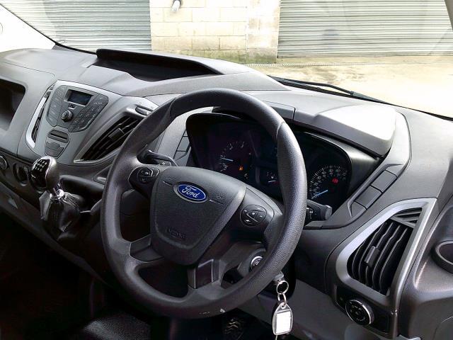 2018 Ford Transit Custom 290 L1 DIESEL FWD 2.0 TDCI 105PS LOW ROOF VAN EURO 6 (FH67WNT) Image 18