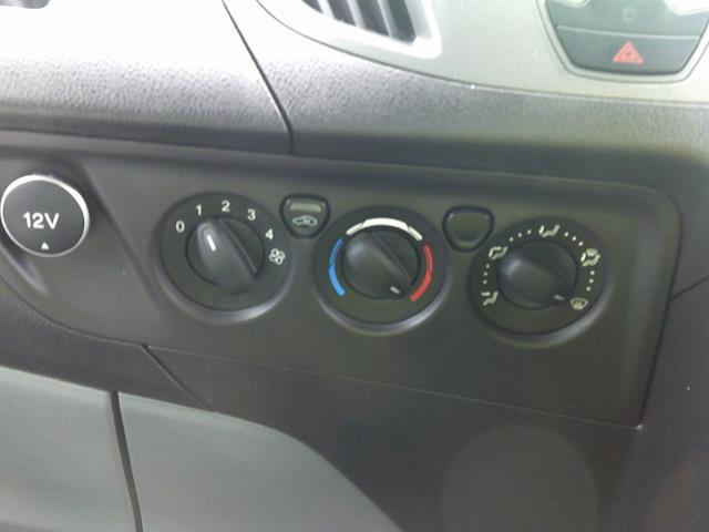 2018 Ford Transit Custom 290 L1 DIESEL FWD 2.0 TDCI 105PS LOW ROOF VAN EURO 6 (FH67WNT) Image 26