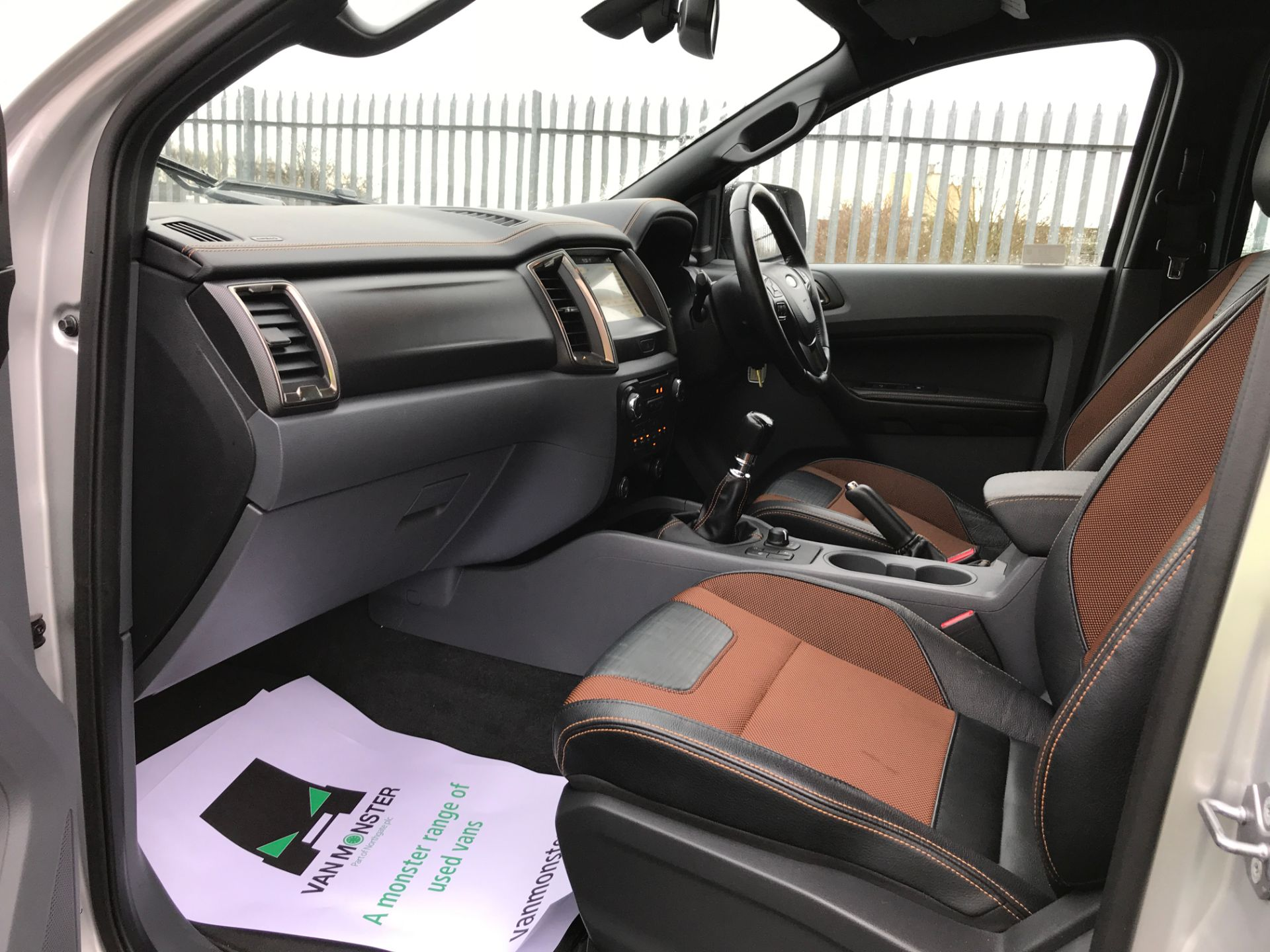 2018 Ford Ranger DOUBLE CAB 4X4 WILDTRAK 3.2TDI 200PS EURO 5 (FH67WTG) Image 11