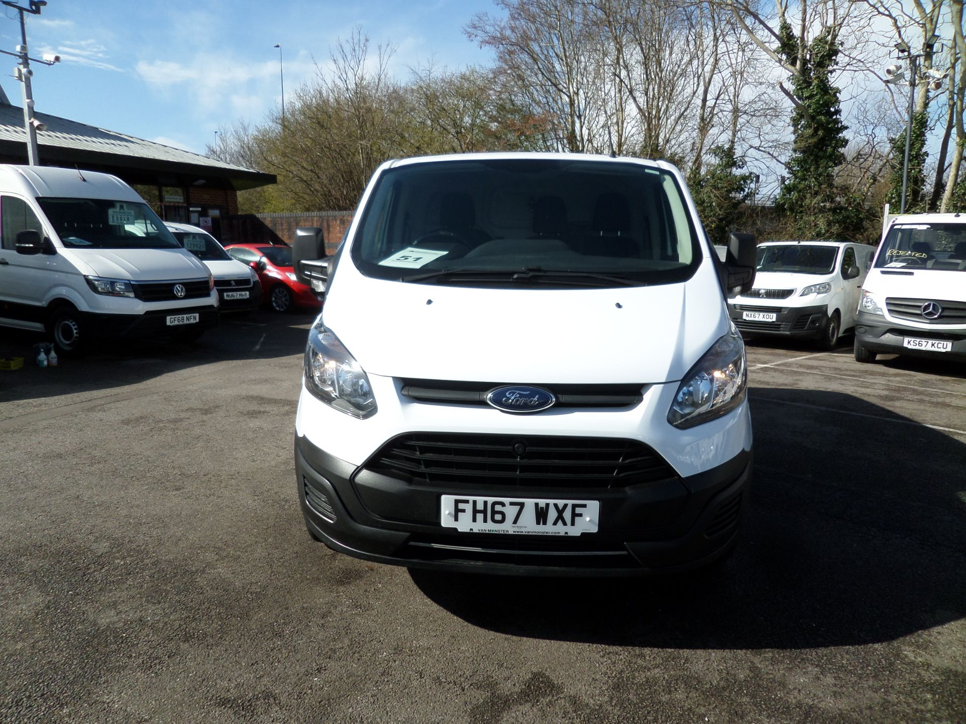 2018 Ford Transit Custom 2.0 Tdci 105Ps Low Roof Van Euro 6 (FH67WXF) Image 10