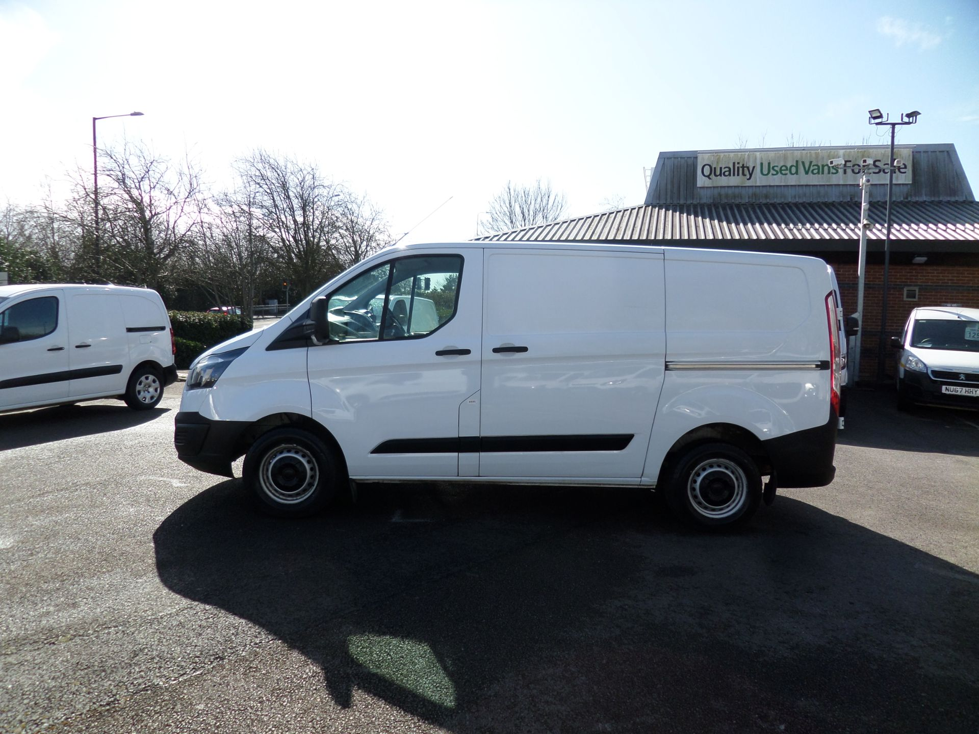 2018 Ford Transit Custom 2.0 Tdci 105Ps Low Roof Van Euro 6 (FH67WXF) Image 6