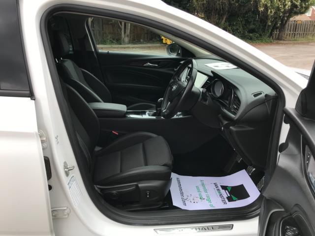 2018 Vauxhall Insignia 1.6 Turbo D Ecotec Sri Nav 5Dr (FJ18XSX) Image 11