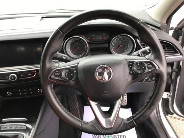 2018 Vauxhall Insignia 1.6 Turbo D Ecotec Sri Nav 5Dr (FJ18XSX) Image 13