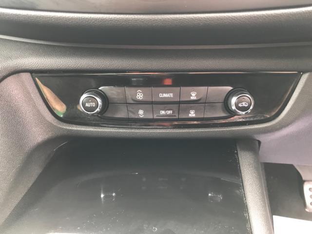 2018 Vauxhall Insignia 1.6 Turbo D Ecotec Sri Nav 5Dr (FJ18XSX) Image 26