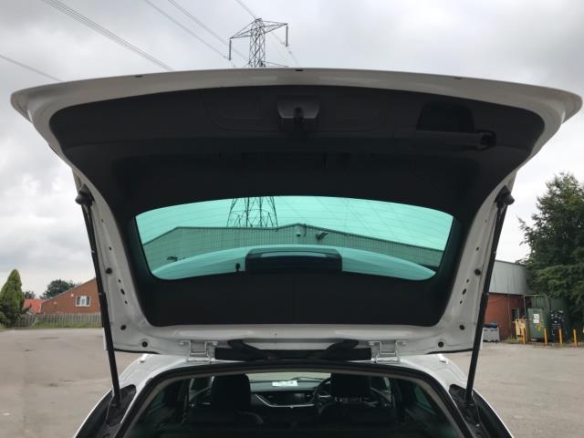 2018 Vauxhall Insignia 1.6 Turbo D Ecotec Sri Nav 5Dr (FJ18XSX) Image 41