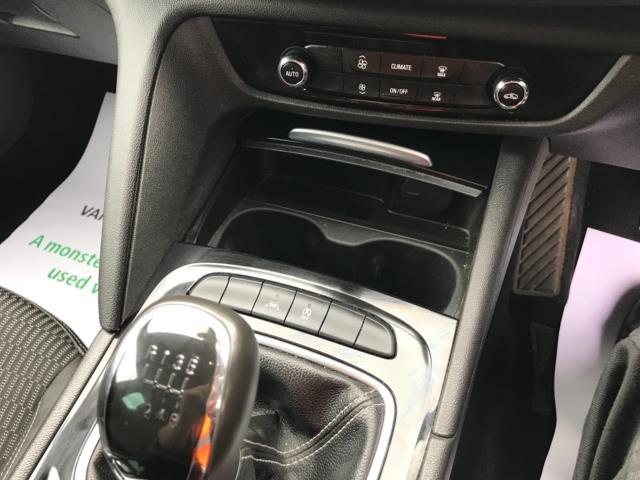 2018 Vauxhall Insignia 1.6 Turbo D Ecotec Sri Nav 5Dr (FJ18XSX) Image 27