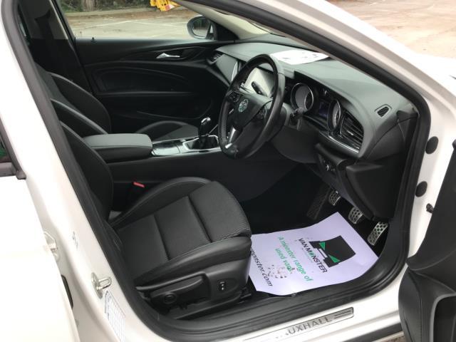 2018 Vauxhall Insignia 1.6 Turbo D Ecotec Sri Nav 5Dr (FJ18XSX) Image 9