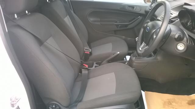 2015 Ford Fiesta 1.5 TDCI EURO 5 (FL15XFF) Image 18